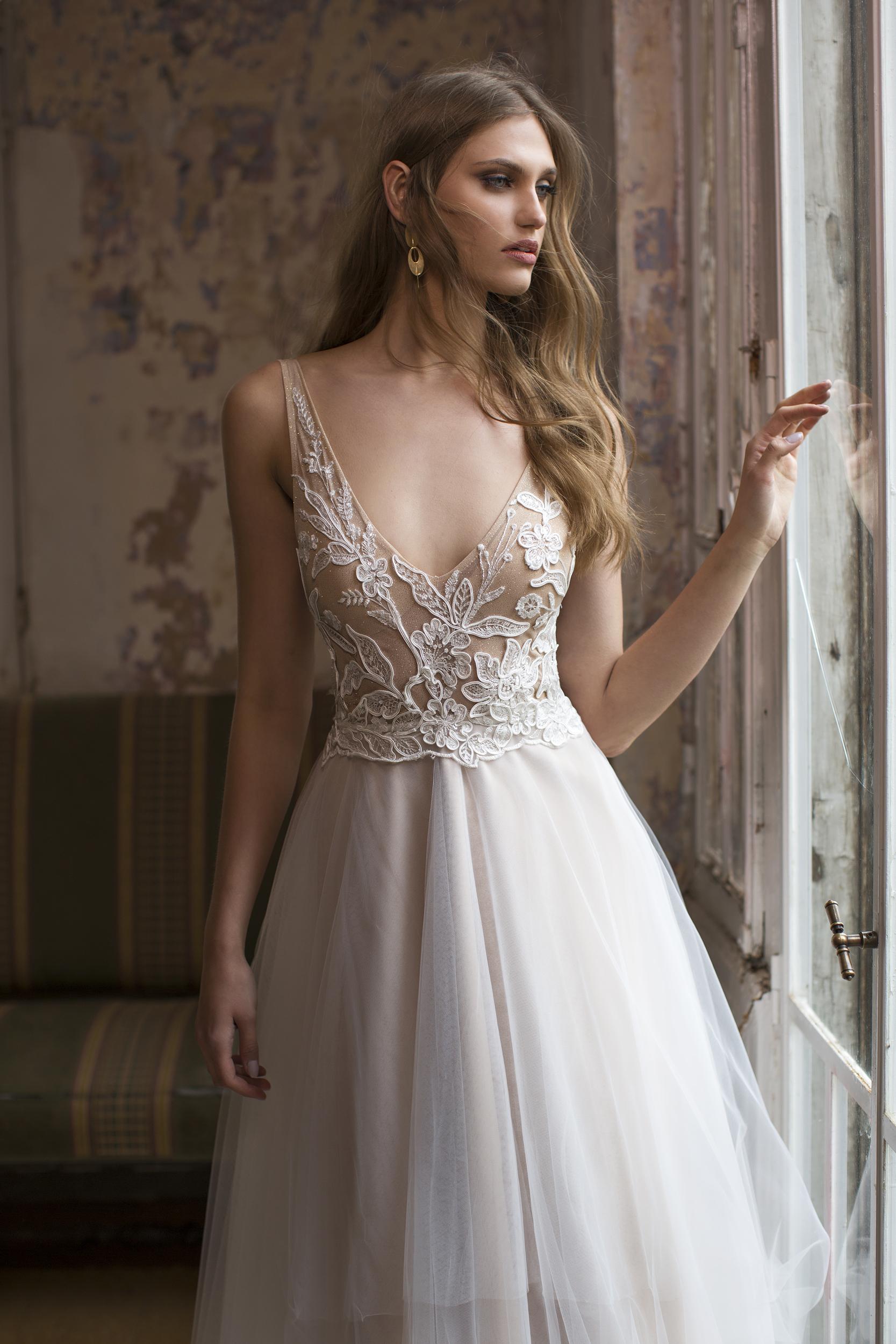This Weekend Smart Brides 8 Discount Designer Wedding Dress Fair
