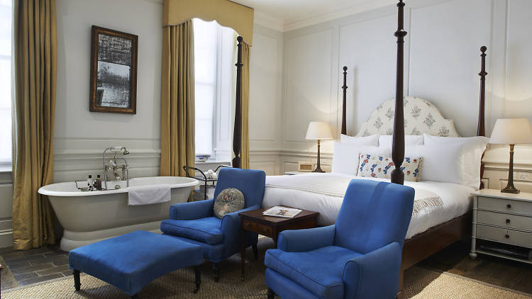 The best hotels near Piccadilly Circus