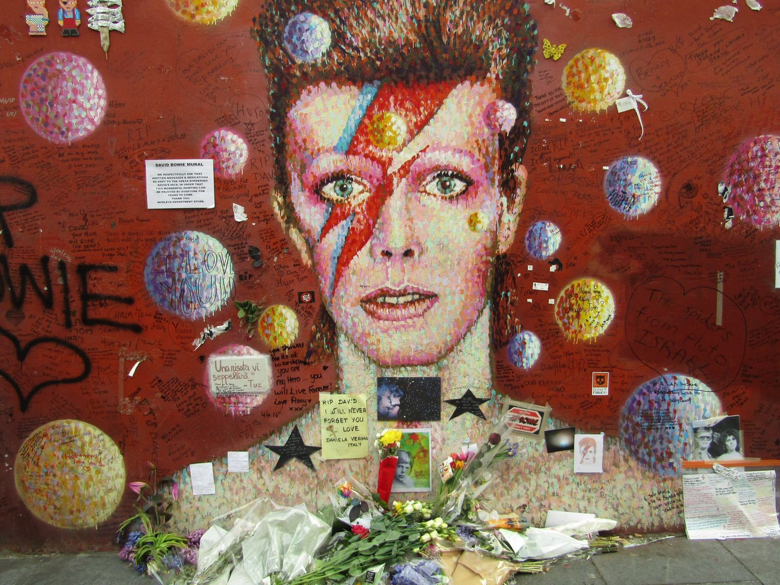 Bowie Musical Walking Tours