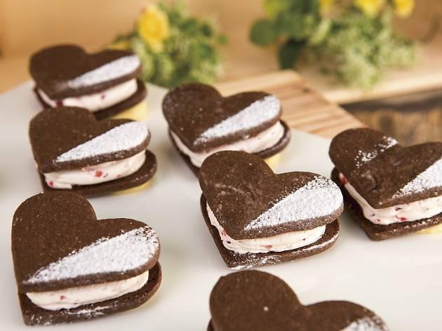 バレンタイン・ホワイトデーシーズンを盛り上げる「ハートのストロベリークッキー」