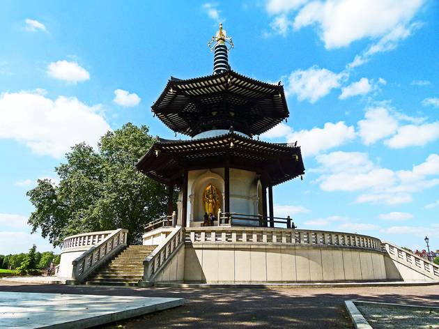 Five key facts about the Battersea Peace Pagoda