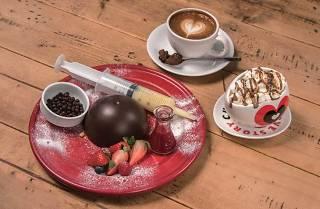 GLORIOUS CHAIN CAFÉ X MAX BRENNER VALENTINE MENU
