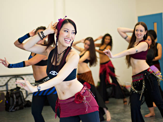 Belly Dancing Classes Studios York City Nyc Learn Traditional Moves