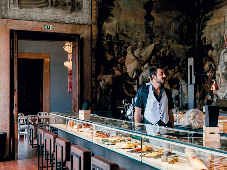 Eat like a king in this palace
