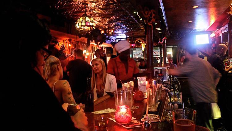 Freddy's Frontroom Bar