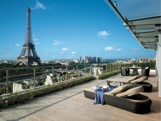 Shangri la hotel paris hotels in chaillot paris for Shangri la barcelona