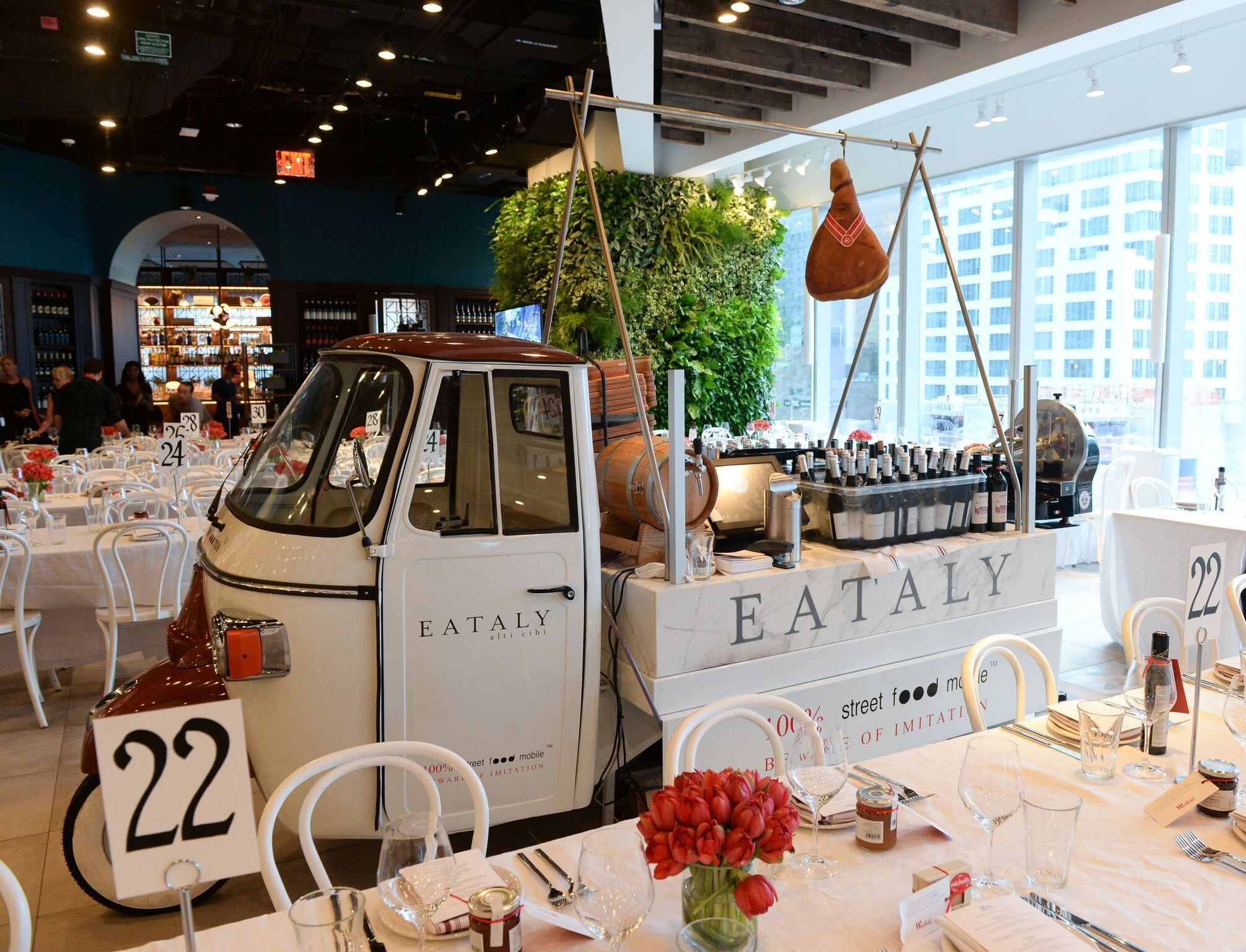 Westfield Century City's new food vendors—including Eataly—start opening