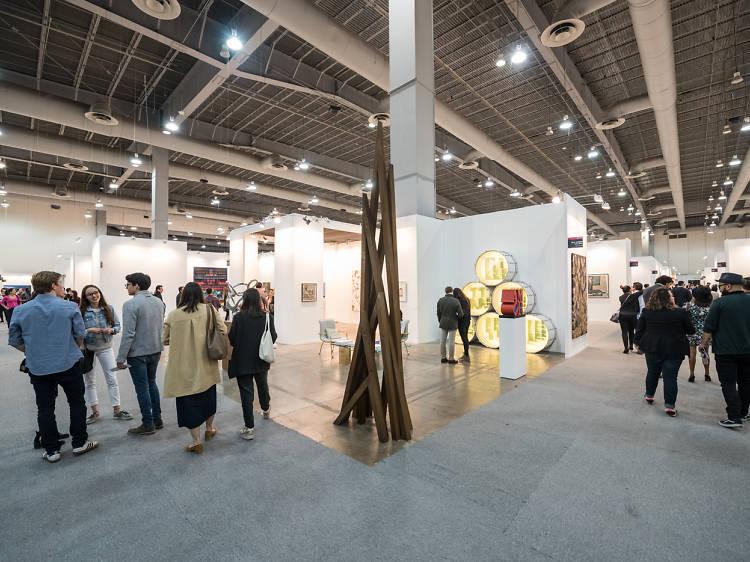 Zsona Maco Foto y Salón del Anticuario