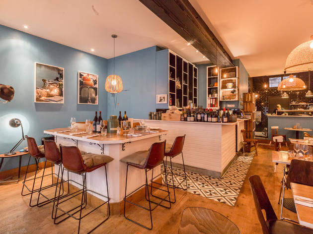Little Mana Restaurants In 10th Arrondissement Paris