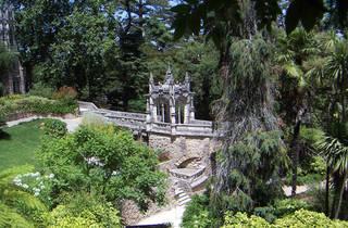 Visita à Quinta da Regaleira + Caminhada por Sintra