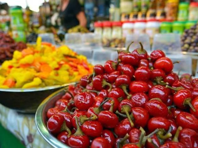 Coin gourmand: le must des stands culinaires du marché du Carmel