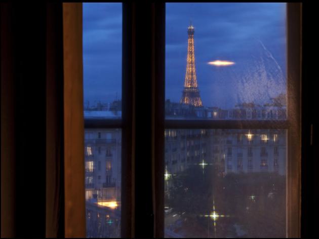 S'endormir devant la tour Eiffel