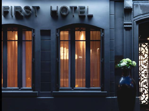First Hôtel