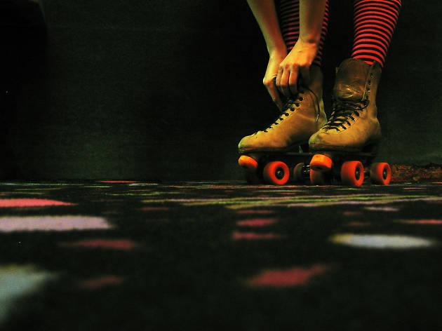 Generic roller skates