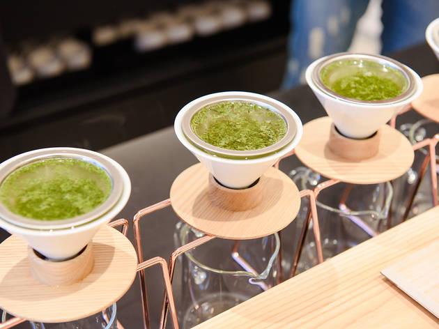 ハンドドリップで淹れた日本茶を提供する東京茶寮、三軒茶屋に誕生