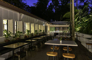 The Garage Botanico Garden Bar