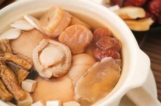 Makan Kitchen Chinese New Year hi-tea
