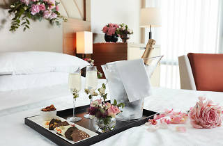 Romantic Blossom in Valentine Package @ Sheraton Seoul D Cube City Hotel