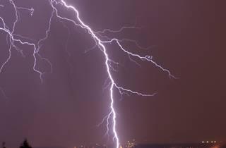 Generic lightning