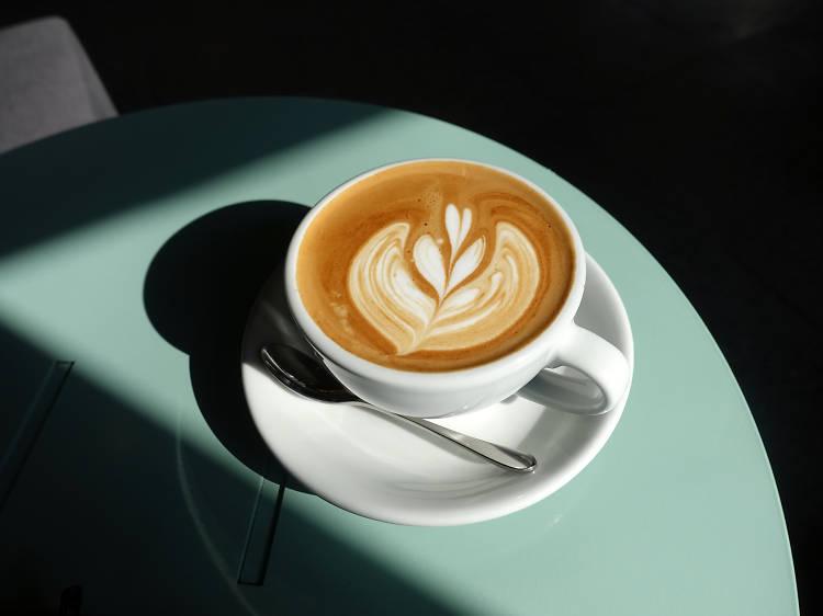 10:00~12:00 ▶ 베를린 커피의 진수, 보난자에서 커피 한 잔.