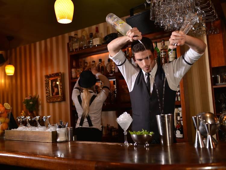 Ночная жизнь Тель Авива: лучшие бары Белого города