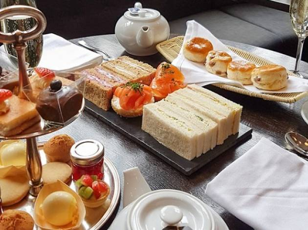 Champagne afternoon tea at the Courthouse Hotel