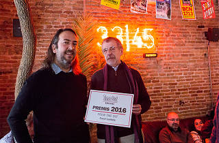 Emilio Ruiz, president del Casal Lambda, amb Andreu Gomila, director de Time Out Barcelona