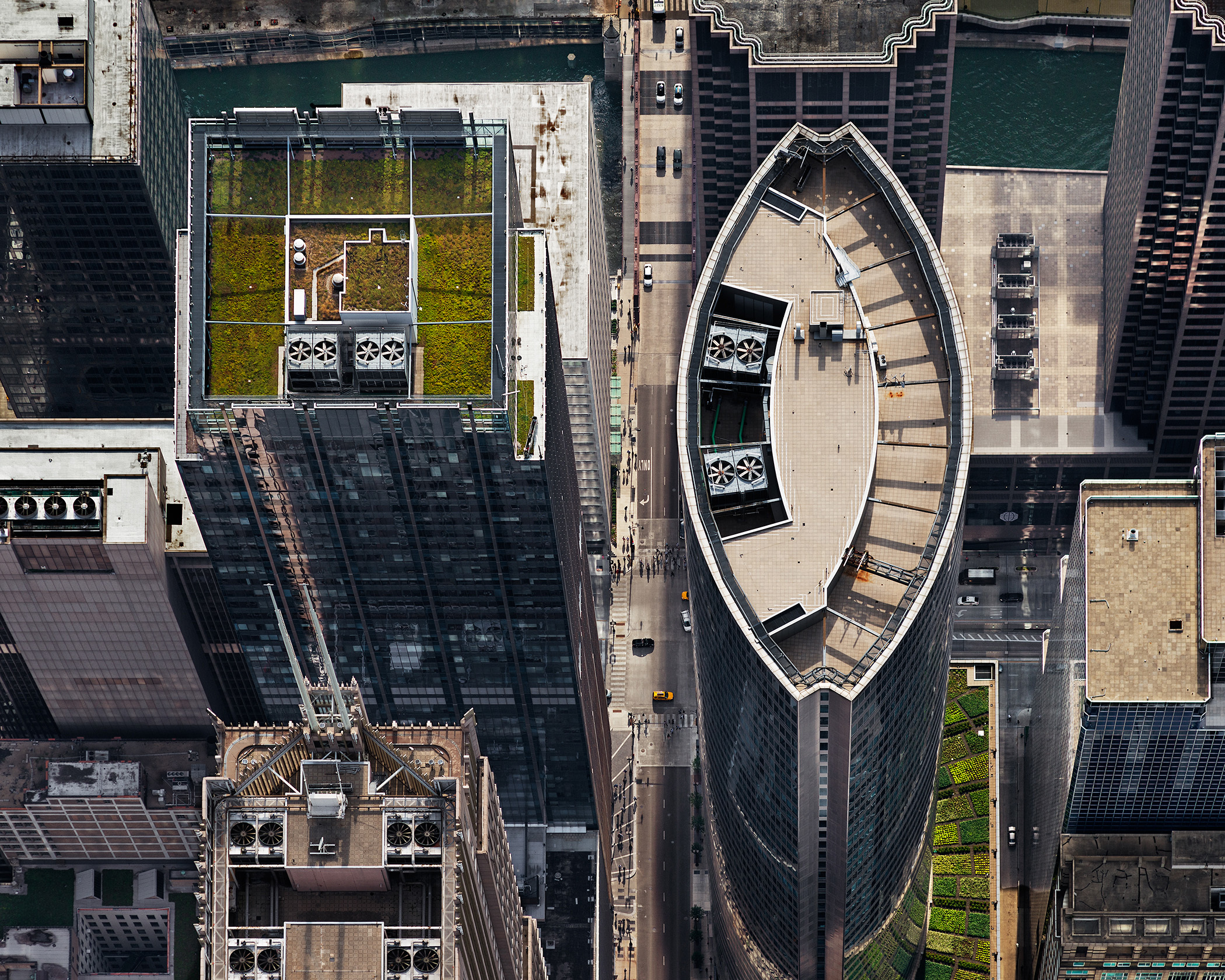 Green rooftop at 111 S Wacker Drive, as seen from above.