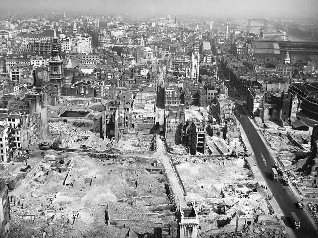 Perspectives Of Destruction: Images Of London, 1940-44