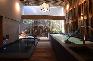 Let's Relax Onsen & Spa Thonglor