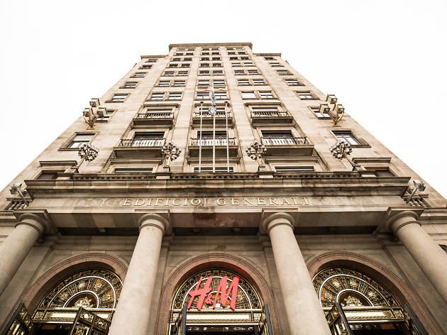 H&M cierra tres de sus tiendas más emblemáticas de Barcelona