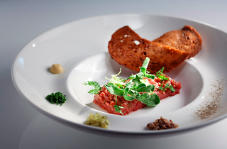 whisk beef tartare