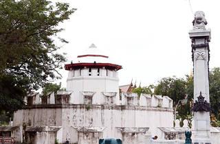 Mahakan Fort community from outside