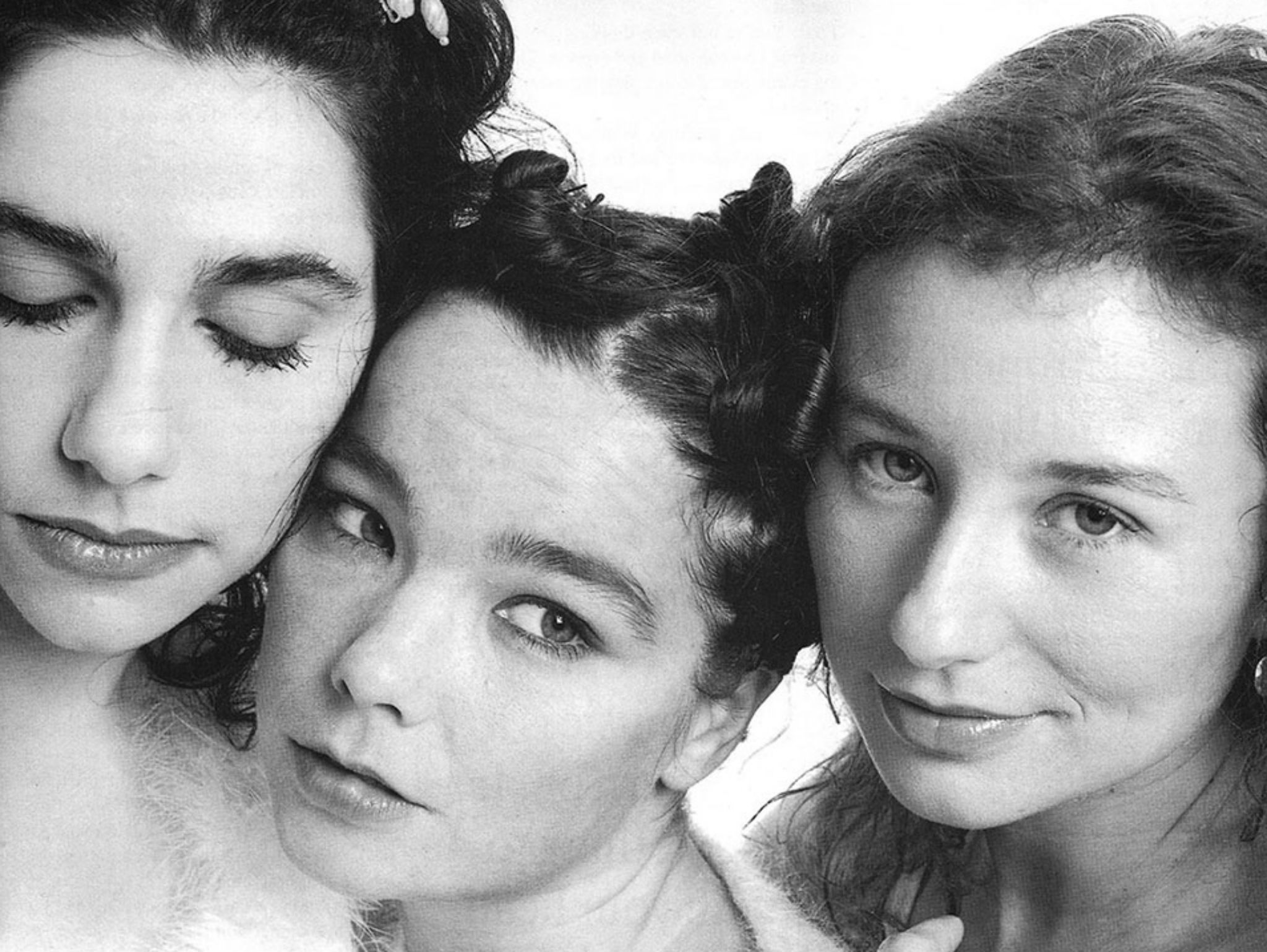 Pj Harvey, Björk y Tori Amos en sesión fotográfica