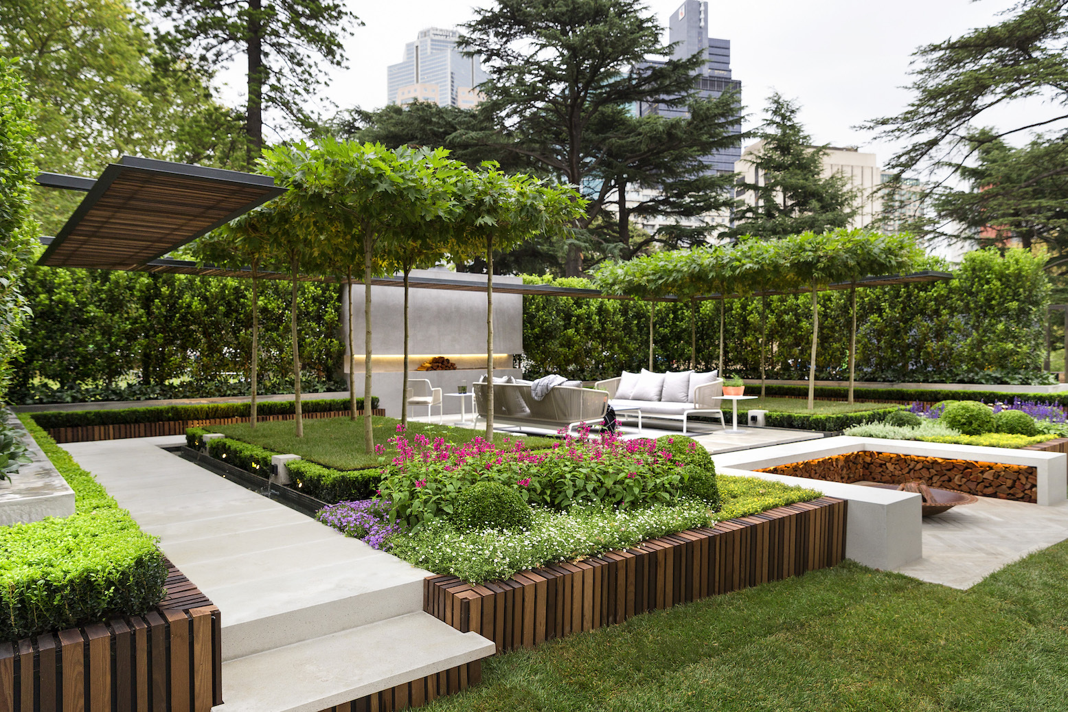 Melbourne international flower and garden show royal for Terrace garden designs