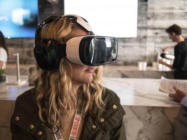 Samsung VR Headset