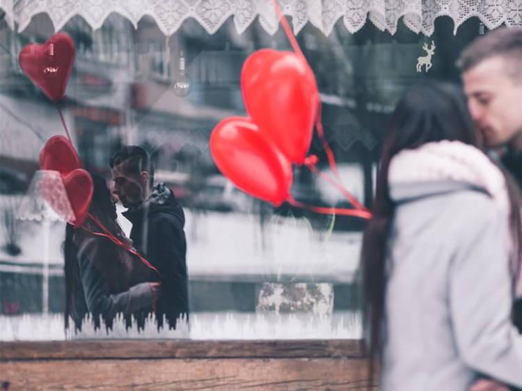 1. 발렌타인 데이에 가면 더 빛을 발하는 문화 공간