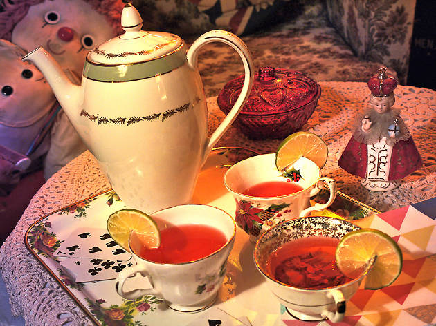 Boozy tea at Little Nan's Bar