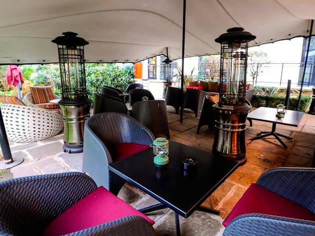 Kens Bar & Garden