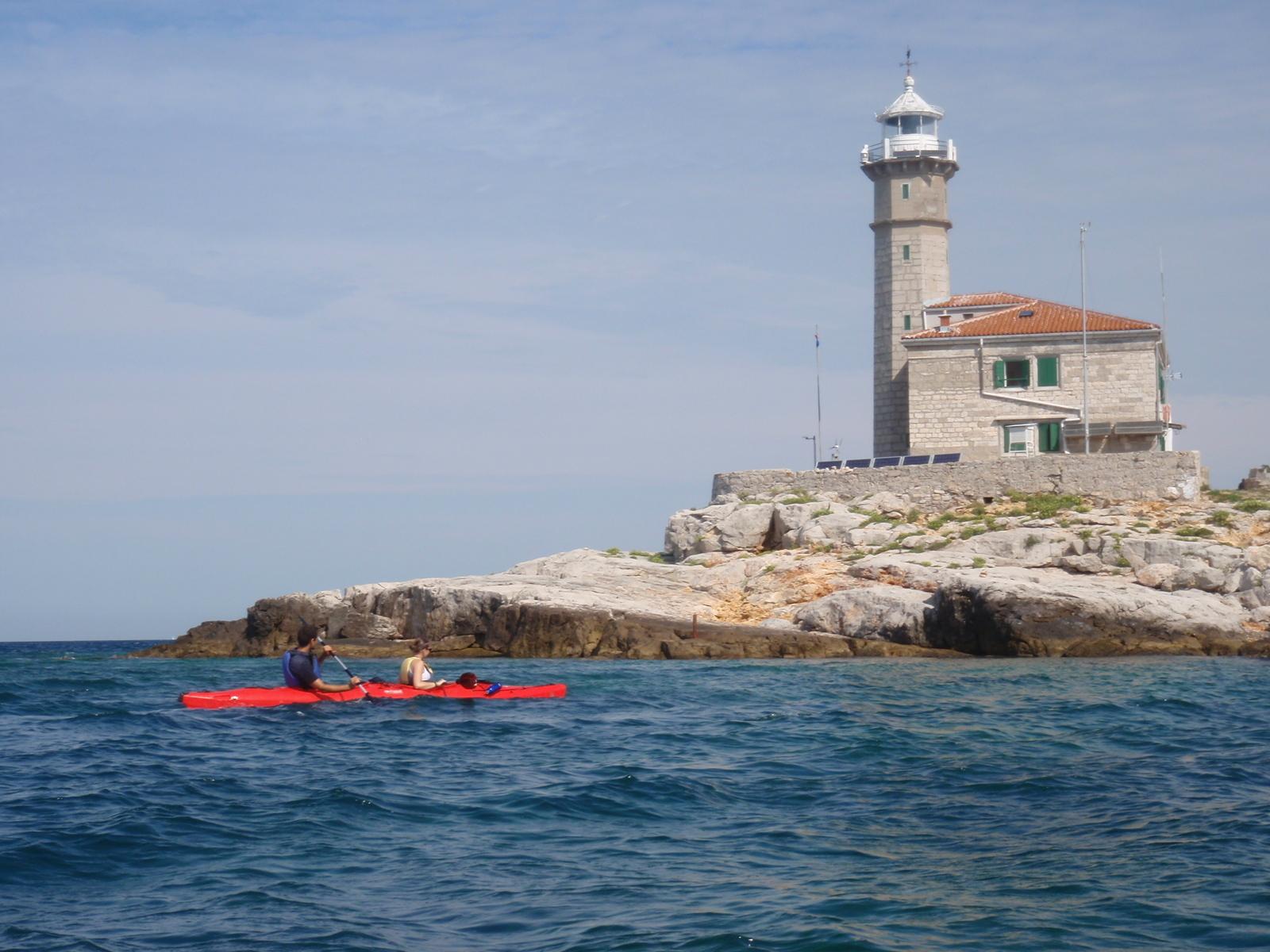 Tour Rovinj's islands by kayak