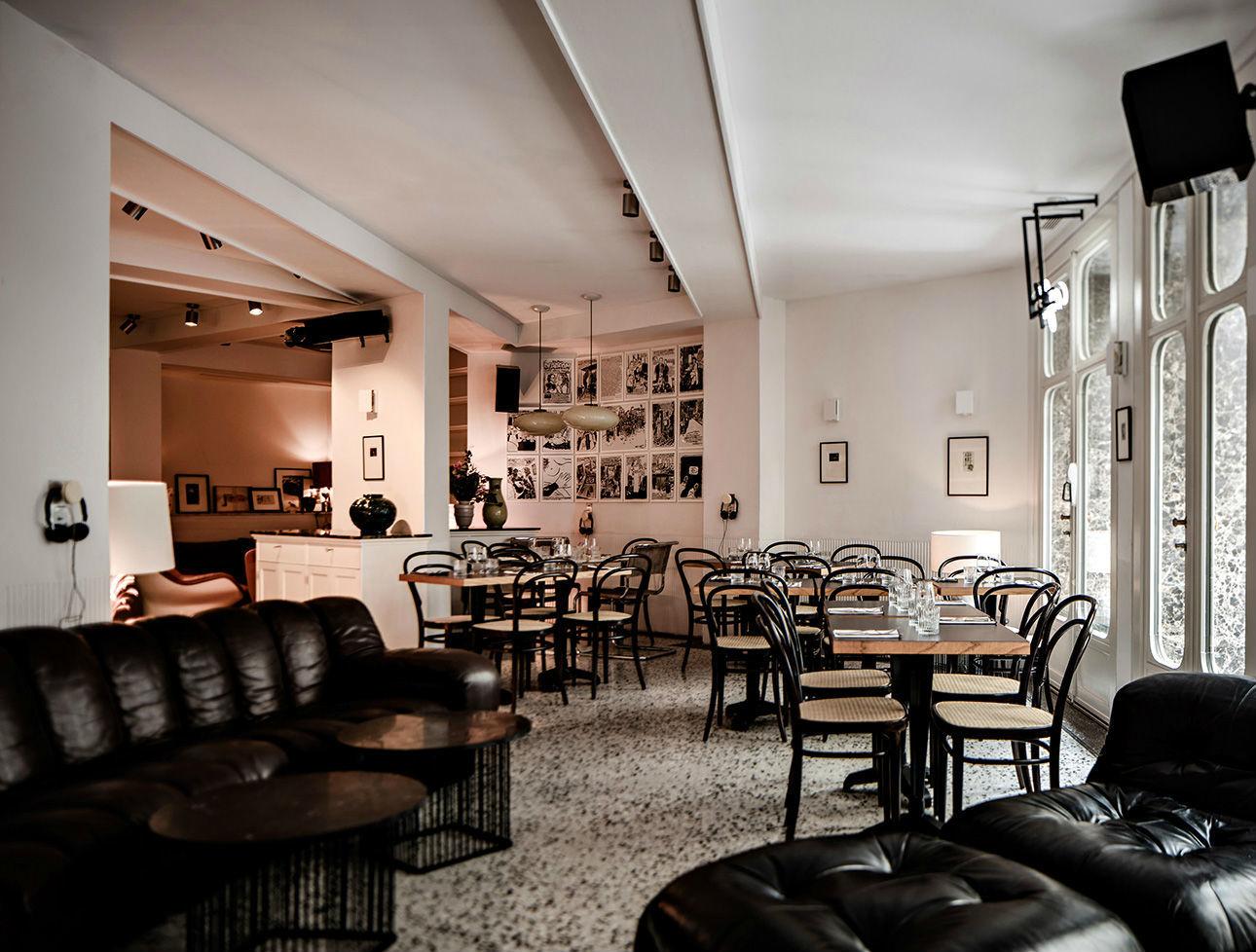 le pigalle restaurants in saint georges paris. Black Bedroom Furniture Sets. Home Design Ideas