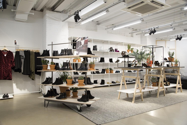 M Street Shoe Stores