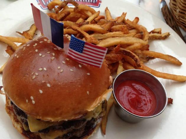 Burger Americain at Le Diplomate