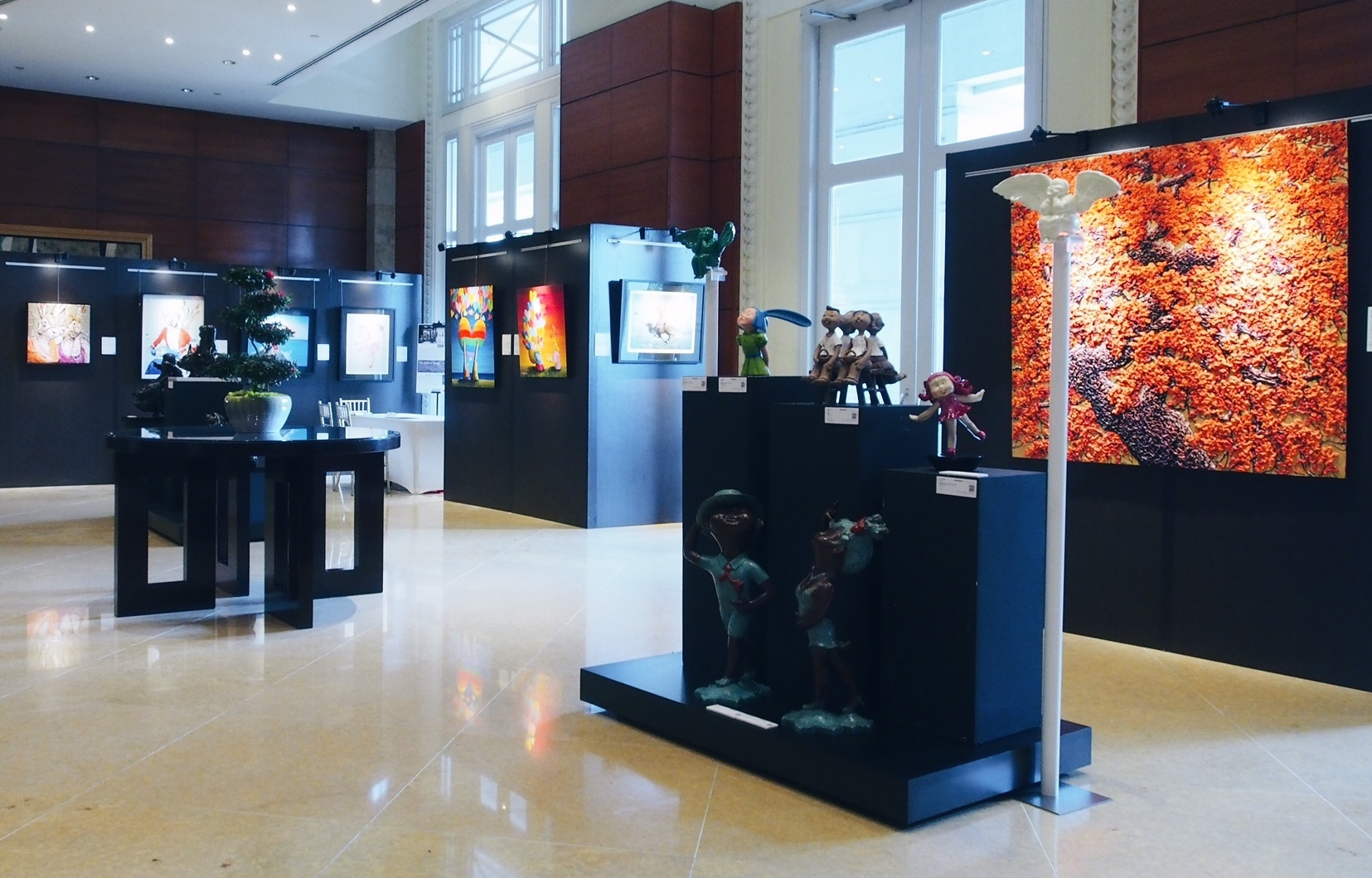 East Garden Foyer Gallery