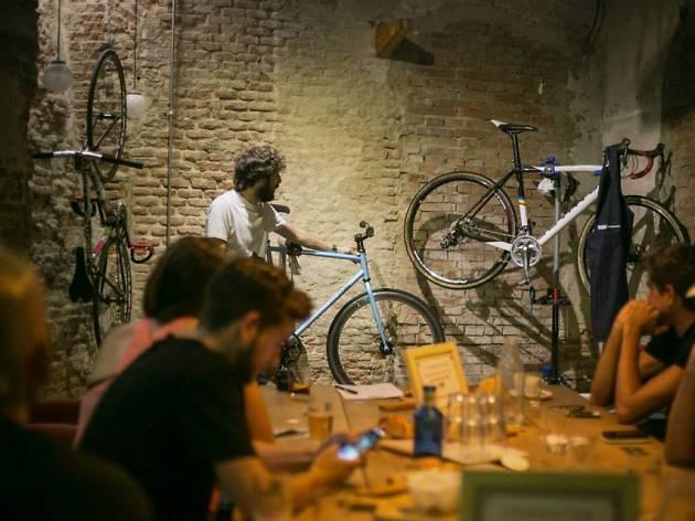 La Bicicleta Cafe