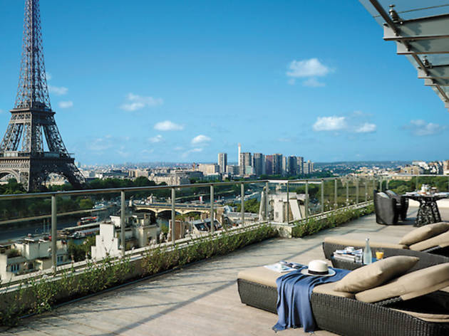 The best hotels near the Eiffel Tower