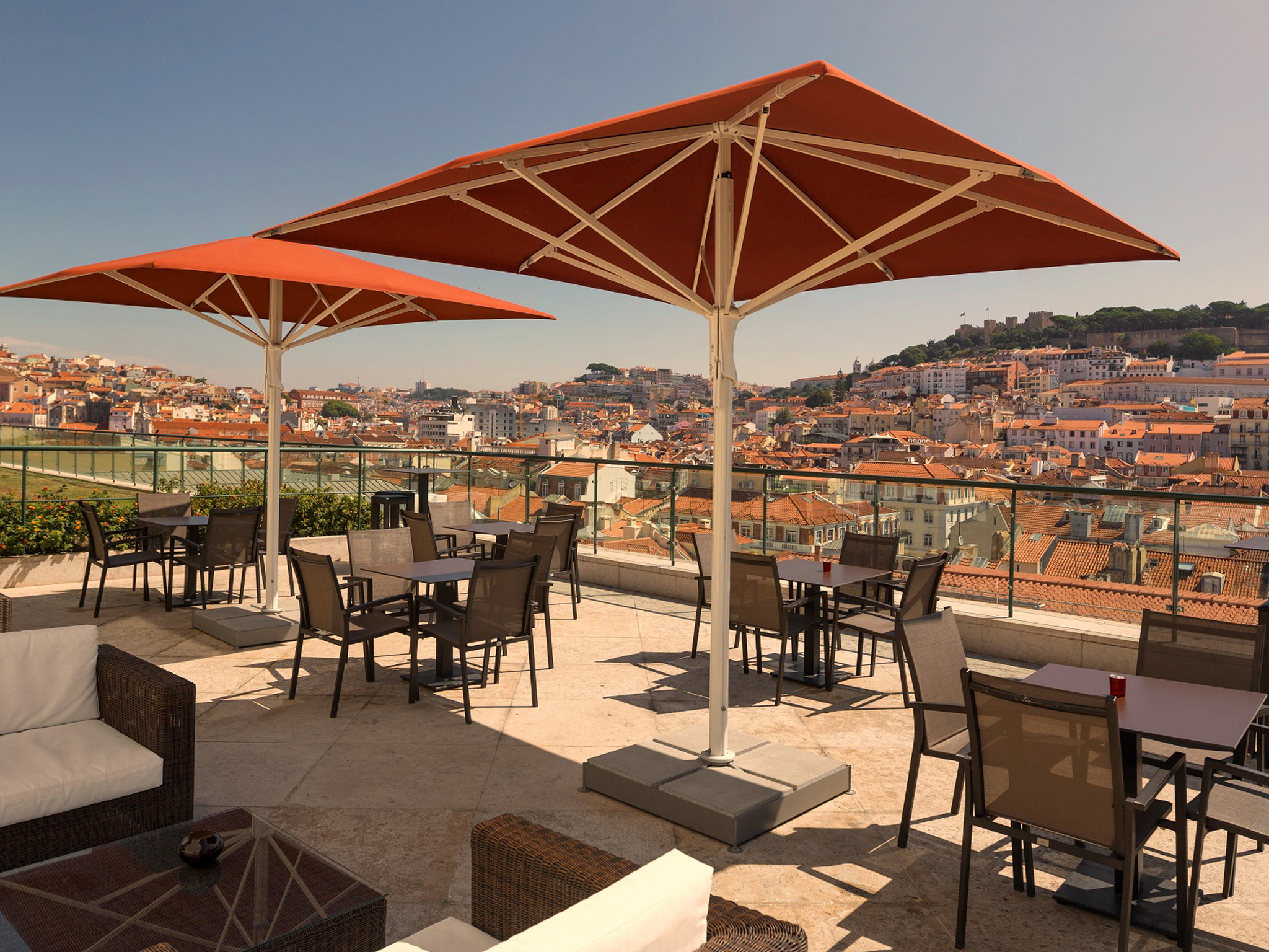 Entretanto Rooftop Bar do Hotel do Chiado
