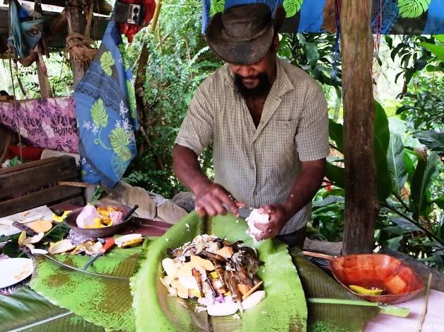 Try traditional Kanak Bougna