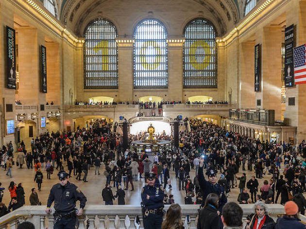 Get tons of free food samples from Grand Central's Dining Concourse next week