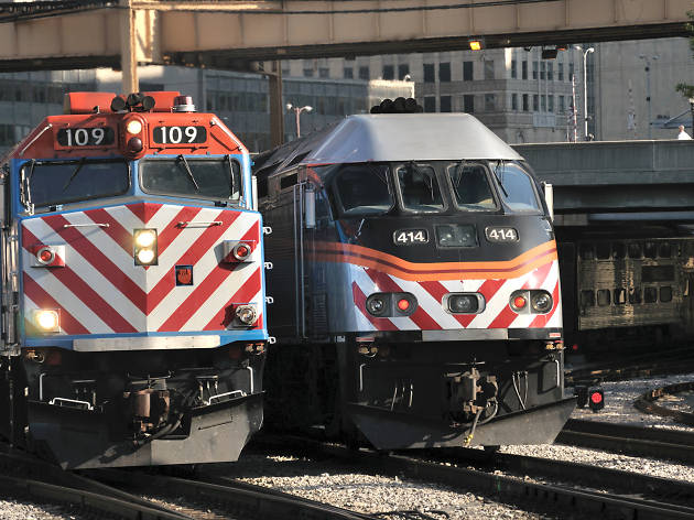 Signal issues blamed for Friday morning's Metra delays